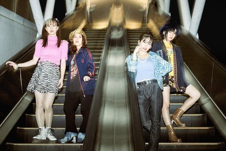 Rolling Stone Japan × フィロソフィーのダンス 雑誌販売・サイン会