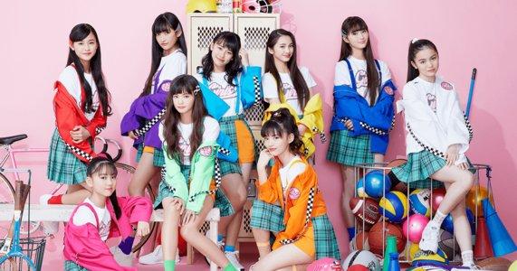 Girls² ミニアルバム「恋するカモ」 リリース記念フリーライブ&特典会 阪急西宮ガーデンズ